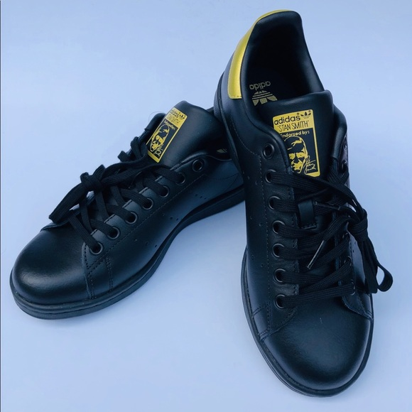 Adidas Stan Smith Black and Gold Sneakers size 5.5 NWT
